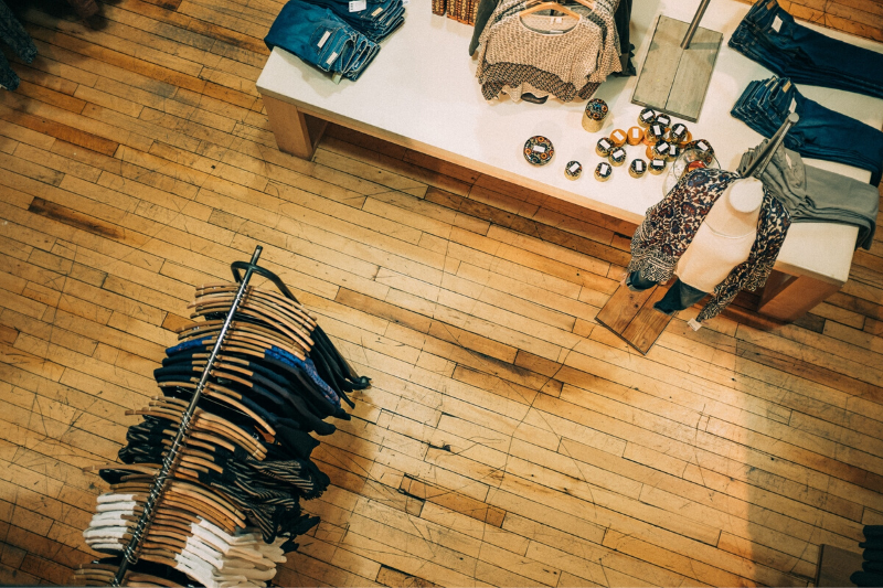 A Peaceful Coexistence Between Direct-to-Consumer and Brick-and-Mortar Brands
